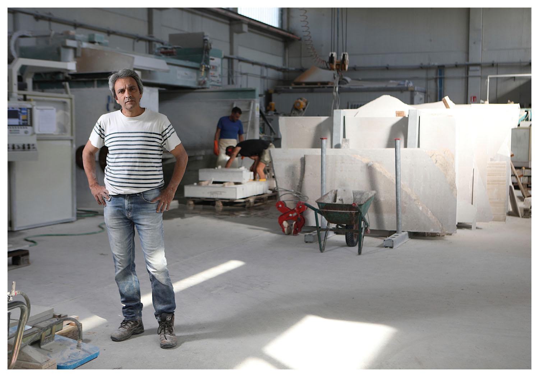 Portrait of Alberto Fiorin, sculptor, photo Massimo Goina